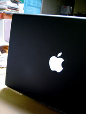 Macbook03